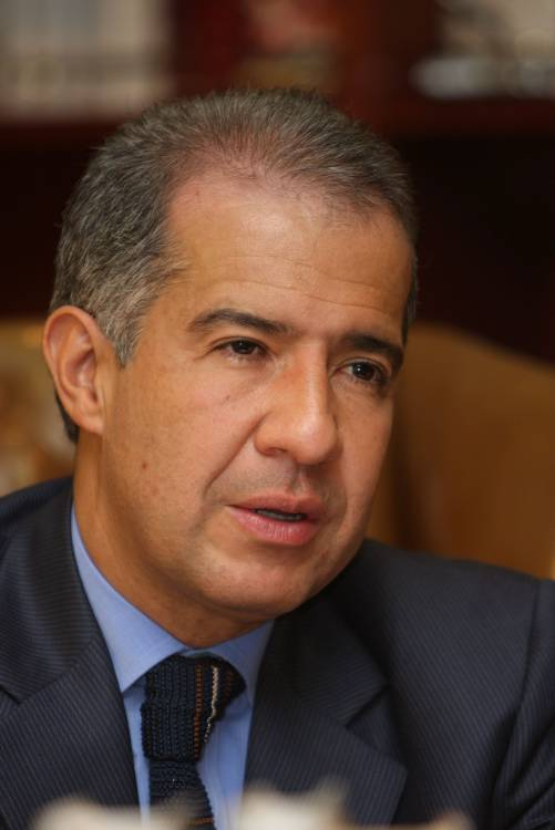 ARCHIVOCOLP ORGANIZADAS MARIO IGUARAN ARANA IGUARAN ARANA_MARIO-