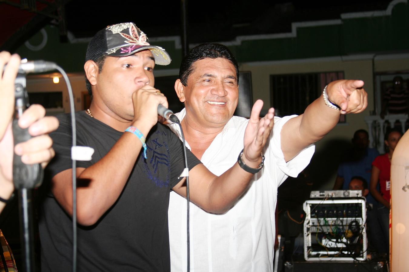 Poncho con Cabeto Zuleta 02
