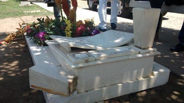 tumba de diomedes saqueada