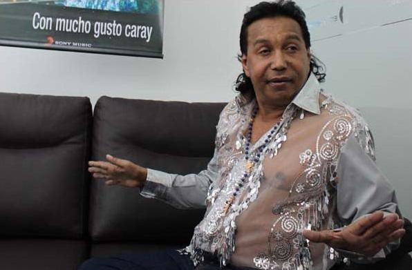04 - Diomedes Díaz - La camisa transparente (2)