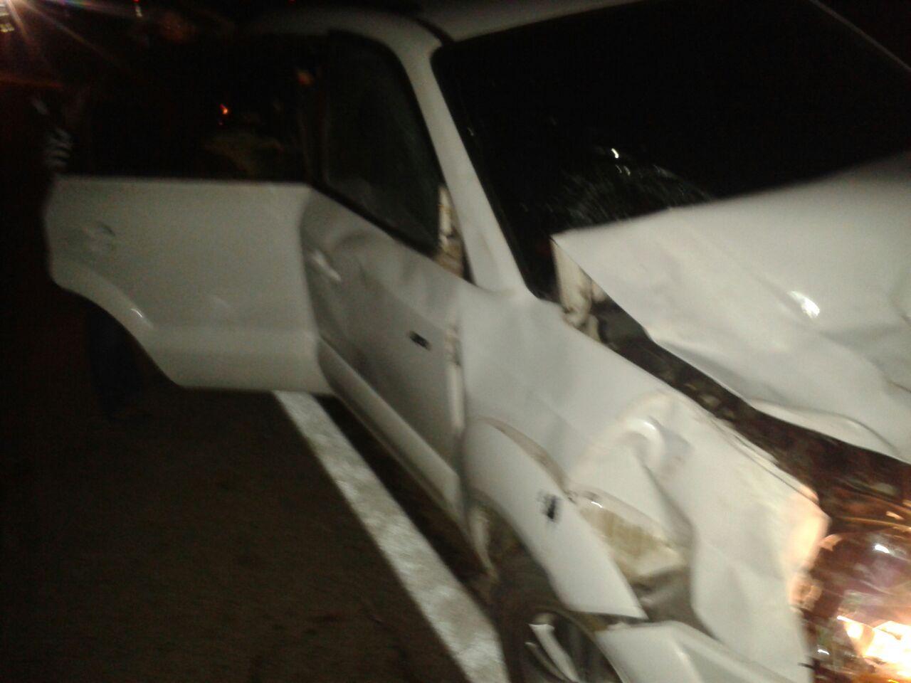 auto destrozado por vaca de villazon (4)