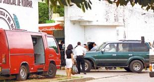 diomedes diaz llega a la cárcel 2002