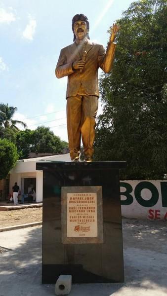 estatua rafael orozco