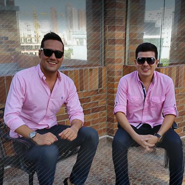Juank Ricardo y Juanse Rivero en cita con las disqueras
