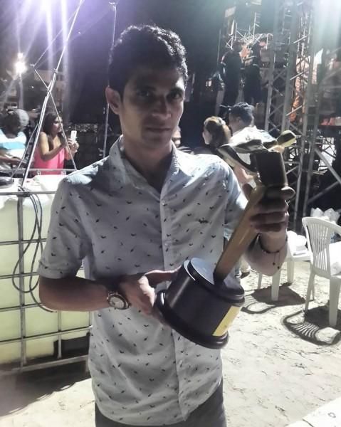 ganador festival francisco el hombre 2016 - mejor acordeonero