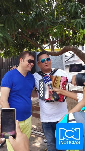 Penchy Castro y Julián Rojas en Noticias RCN