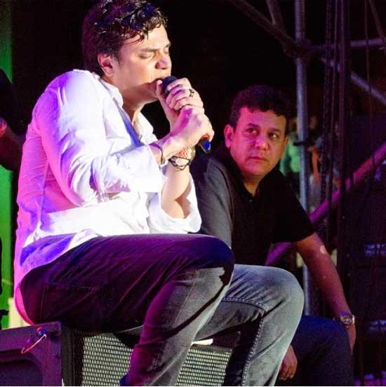 Silvestre Dangond y su manager Carlos Bloom